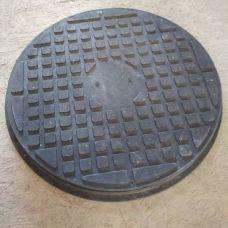 Люк кругл садовый зеленый (1,5т) с замком 725*60/690/590