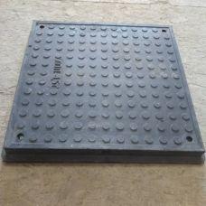 Люк квадр черный (1,5т) с замком 640*65/620/480